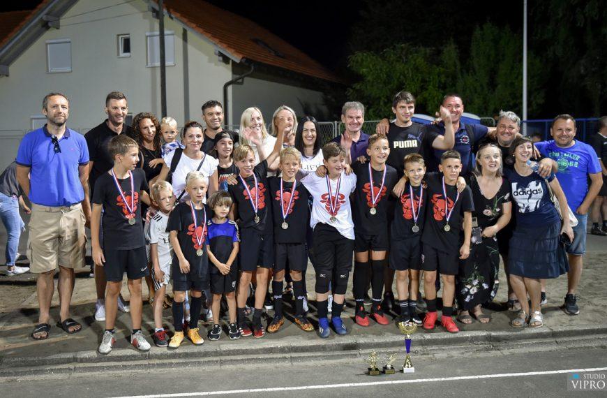 Jug 1/2 ima najbolje nogometaše, ekipa OPG Habuš pobjednik u mlađim pionirima